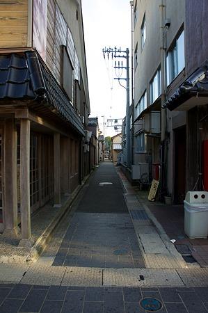 Alley08132011nex5