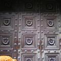 Photos: チョコレートの豪華なヤツに似た扉