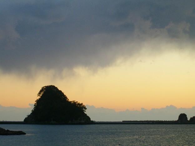 犬走島(静岡県下田市)