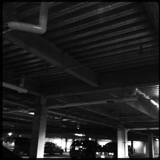 写真: The Ceiling of the Parking Garage