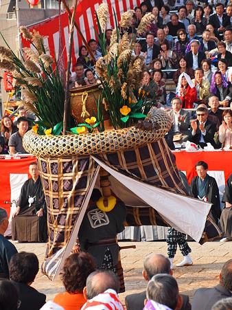 東古川町の傘鉾