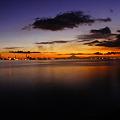 Photos: 夕刻の海。富士