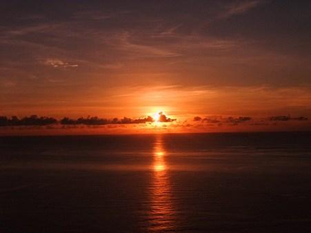 ウェザーステーションからの夕陽。