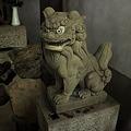 Photos: 稲荷神社狛犬阿形
