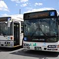 Photos: 富士急山梨バスの両エース(CNGバスとhybridバス)